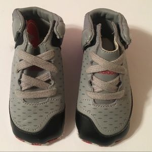 💎Derrick Rose Adidas Baby Shoes Size 3